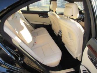 Mercedes-Benz W221 S550